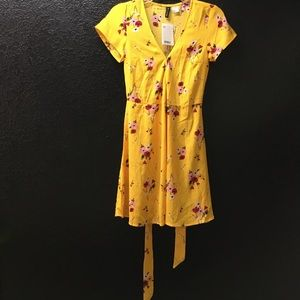 NWT H&M yellow floral dress size 0